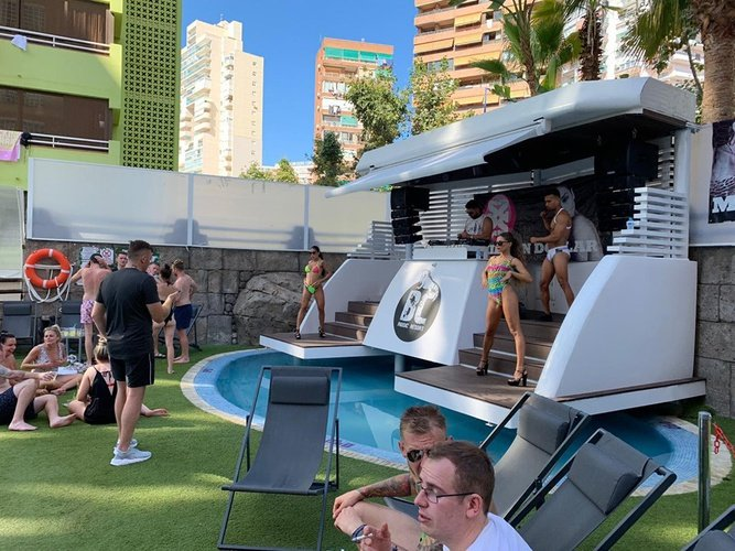 Eventos apartamentos benidorm celebrations™ music resort (adults only)