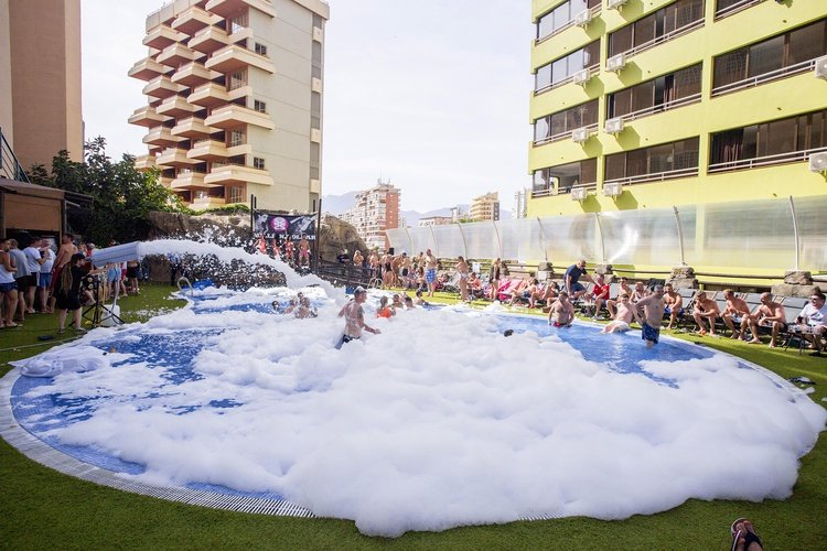 apartamentos benidorm celebrations™ music resort (adults only)