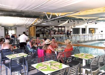 Restaurante Buffet Apartamentos Benidorm Celebrations™ Pool Party Resort (Adults Only)