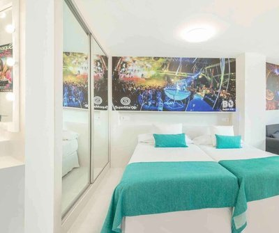 Party Studio 2/5 Apartamentos Benidorm Celebrations™ Pool Party Resort (Adults Only)