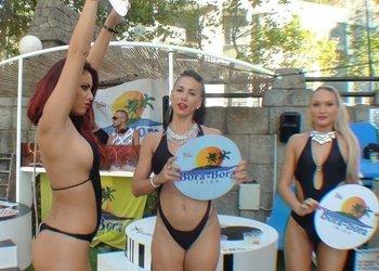 DJs + Gogos Apartamentos Benidorm Celebrations™ Pool Party Resort (Adults Only)